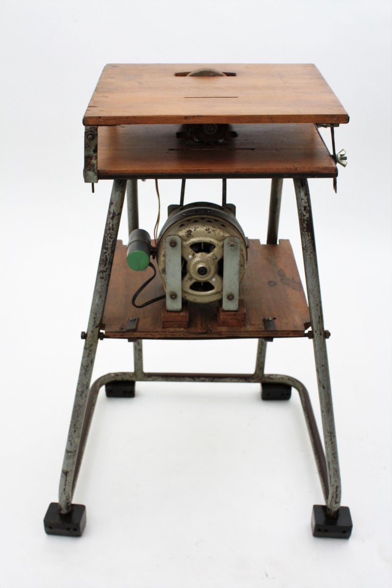 Mid-20th Century Craftsman Industrial Table Saw as Side Table, Spain 1940s For Sale 3