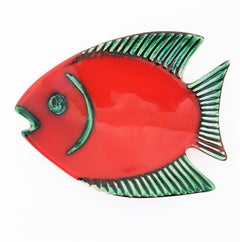 Gmundner Keramic 1960s Vibrant Red and Green Glazed Ceramic Decorative Fish Dish
