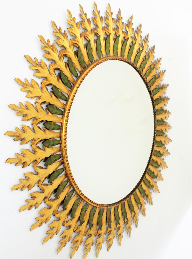 Large Spanish 1960s Hollywood Regency Gold Gilt Iron and Green Sunburst Mirror In Good Condition For Sale In Barcelona, ES