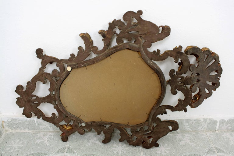 Late 19th Century Spanish Rococo Style Carved Gold Leaf Giltwood Mirror For Sale 7