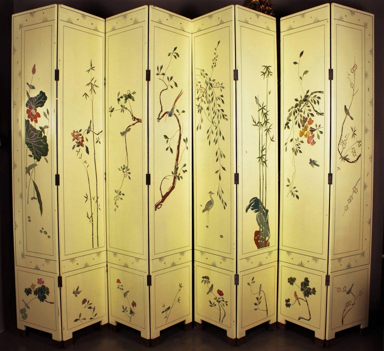 1950s Eight-Panel Ivory Lacquered Chinoiserie Folding Screen or Room Divider For Sale 5