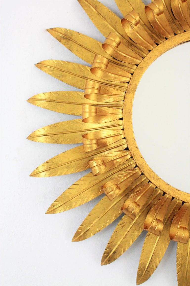 Large Spanish 1960s Double Layered Eyelash Bicolor Gilt Iron Sunburst Mirror For Sale 1