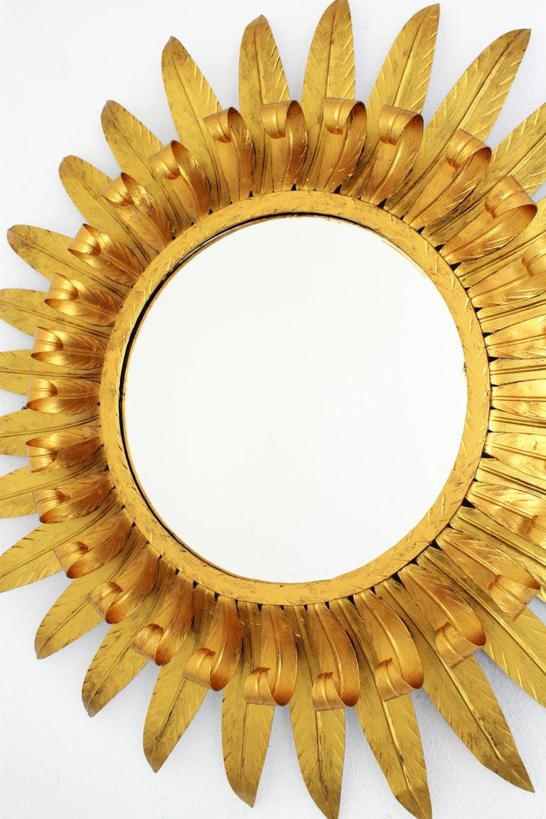 Large Spanish 1960s Double Layered Eyelash Bicolor Gilt Iron Sunburst Mirror For Sale 4