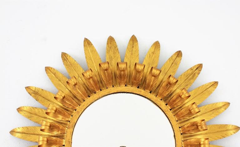 Large Spanish 1960s Double Layered Eyelash Bicolor Gilt Iron Sunburst Mirror For Sale 5