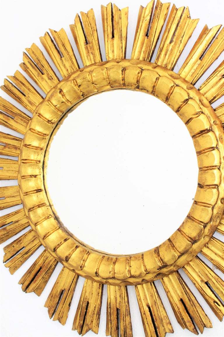 Gesso French 1930s Medium Sized Carved Giltwood Sunburst Mirror For Sale