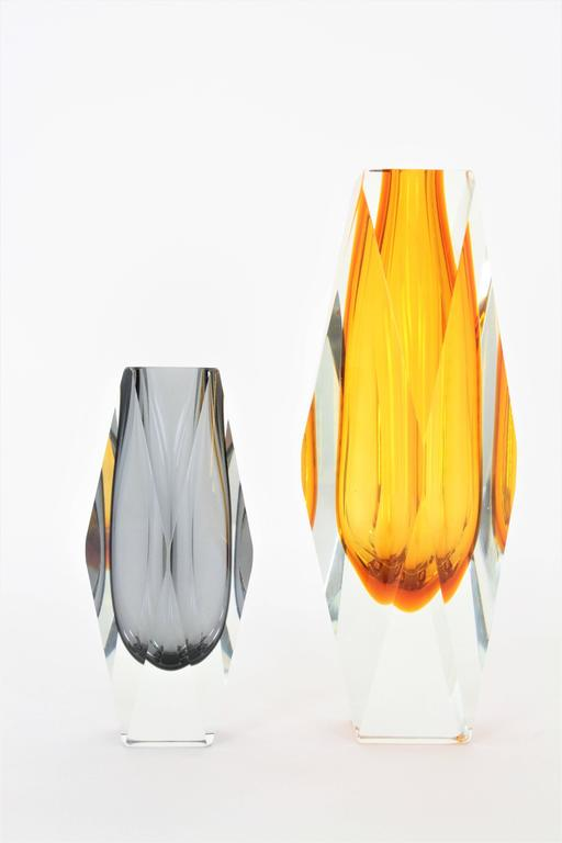 Italian Mandruzzato Smoked Grey and Clear Faceted Sommerso Murano Glass Vase For Sale