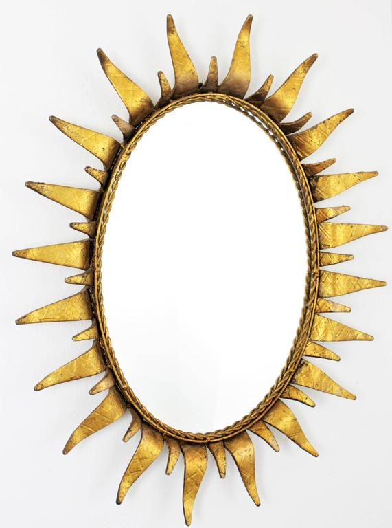 Mid-Century Modern Wrought Gilt Iron  Oval Sunburst Mirror, Spain 1950s In Excellent Condition For Sale In Barcelona, ES