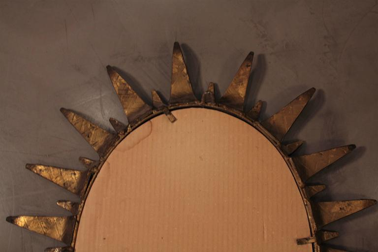 Mid-Century Modern Wrought Gilt Iron  Oval Sunburst Mirror, Spain 1950s For Sale 1