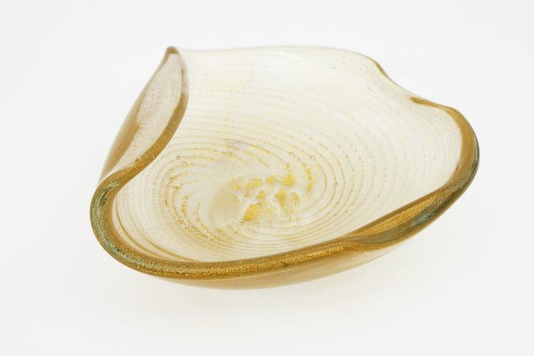Barovier Toso Murano Gold Flecks Swirls Glass Bowl, Ashtray or Vide-Poche For Sale 2