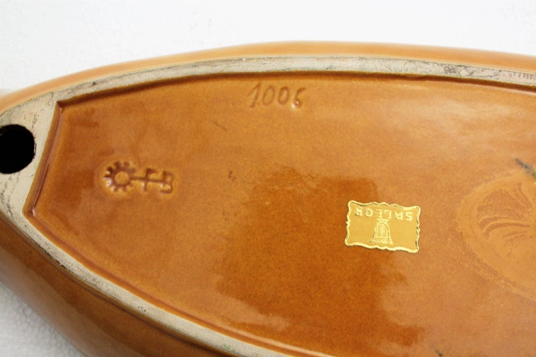 Large Amber & Black Majolica Glazed Ceramic Fish Platter for Snacks, Spain 1950s For Sale 1