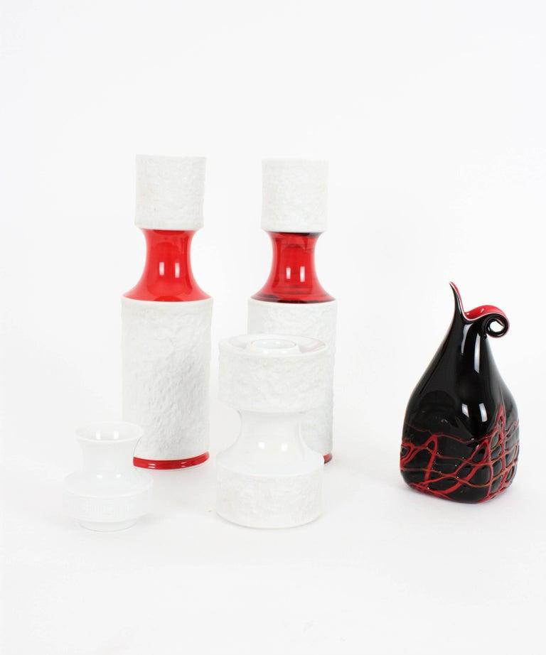 Set of German KPM Bavaria Porcelain Relief Unglazed White Vases and Glazed Vase In Excellent Condition For Sale In Barcelona, ES