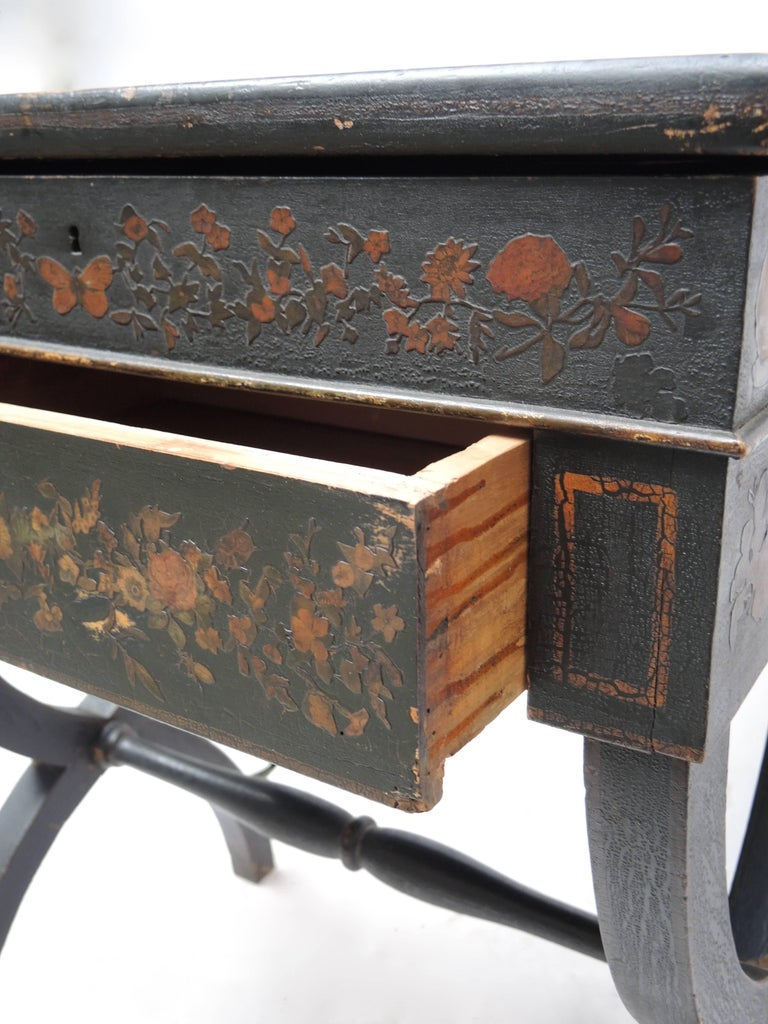 19th Century English Regency Black Decoupage Side Table or Dressing Table For Sale 4