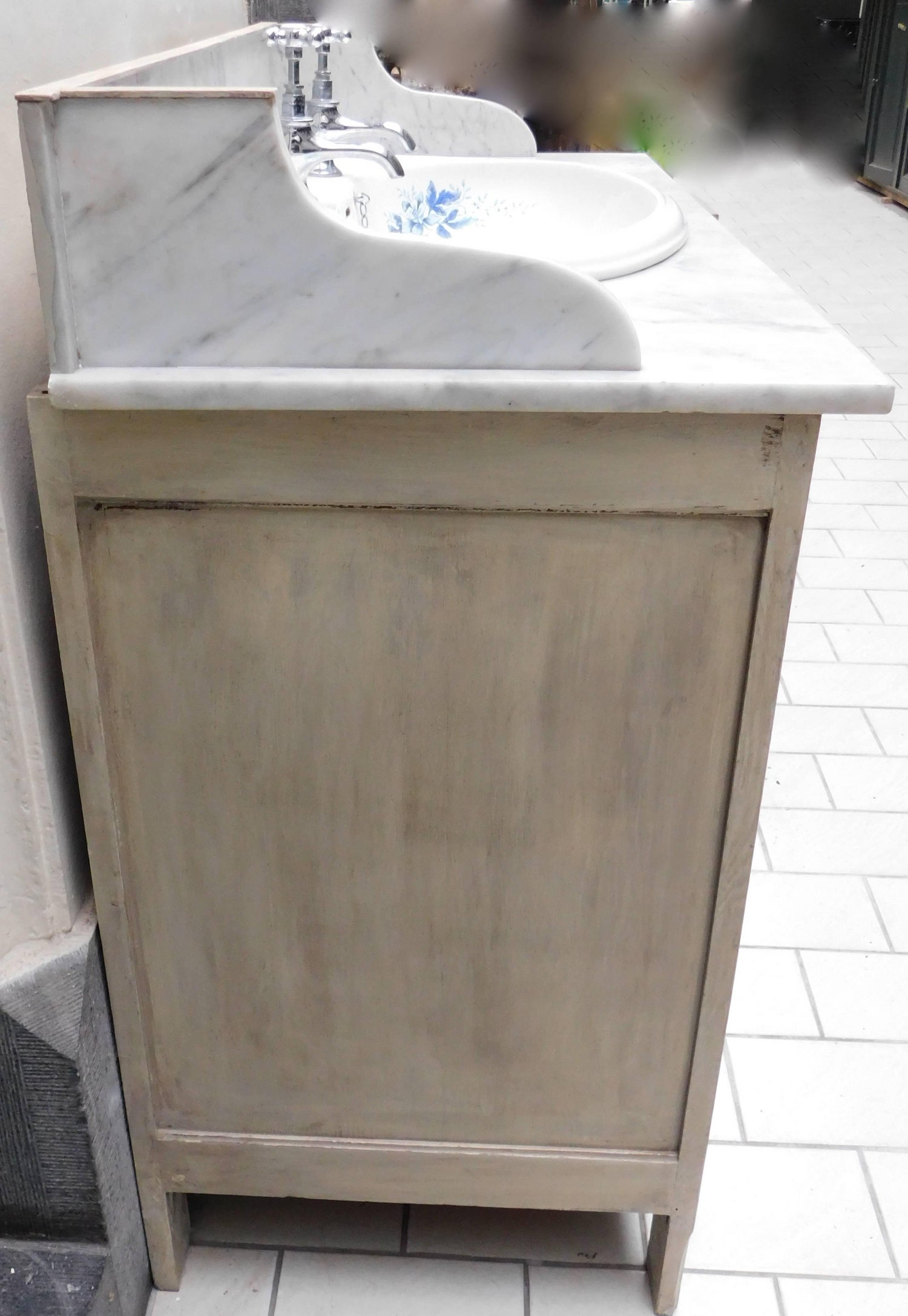Antique Marble Top Sink Vanity With Mirror And Blue And