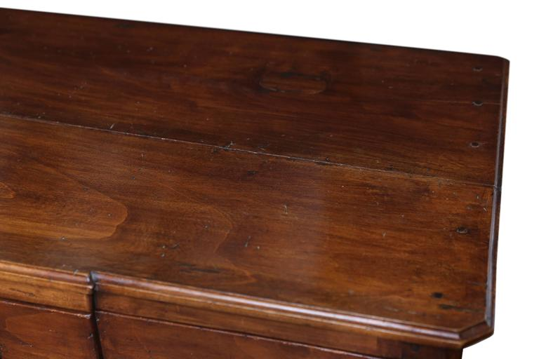 19th Century, French Directoire Walnut Commode In Good Condition For Sale In Houston, TX