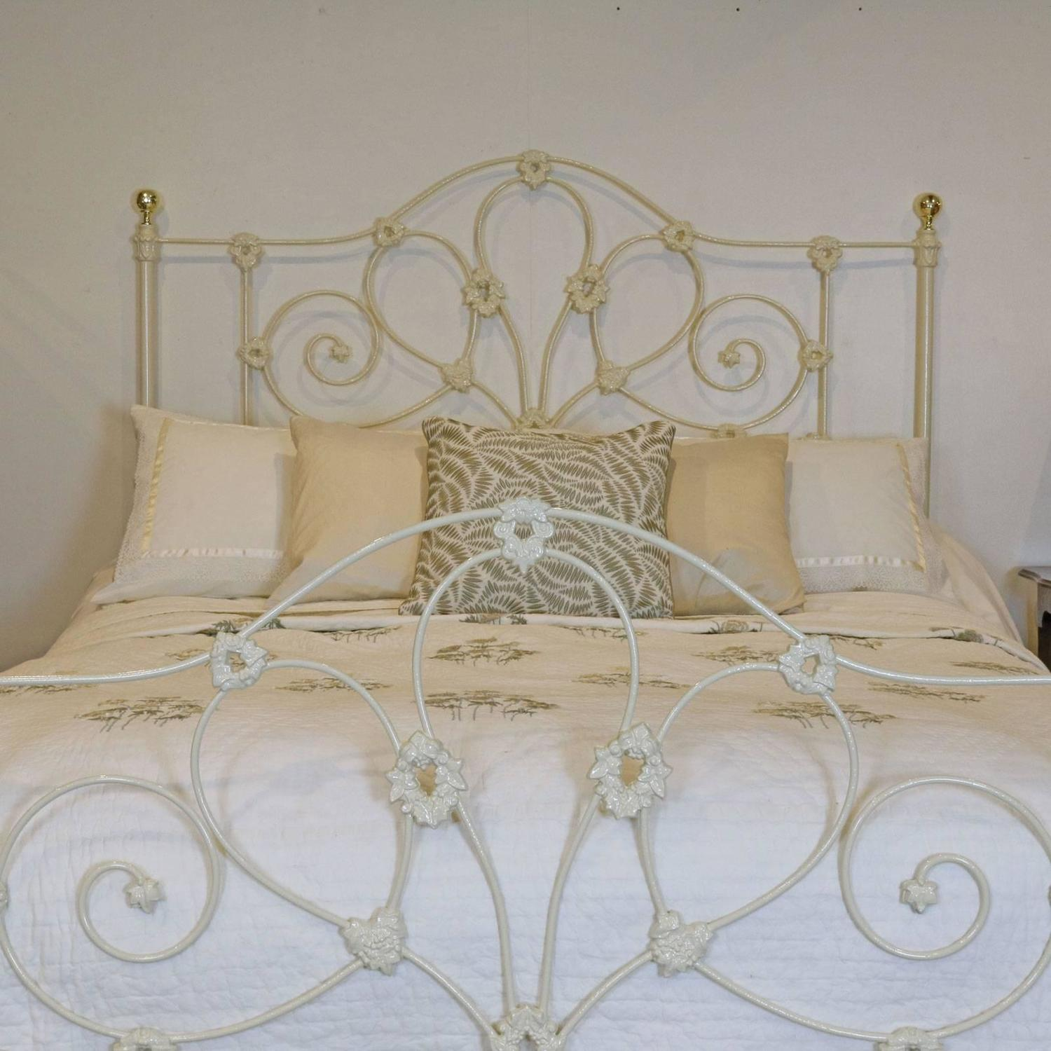 Victorian Cast Iron Beds : Mid victorian cast iron bed at stdibs
