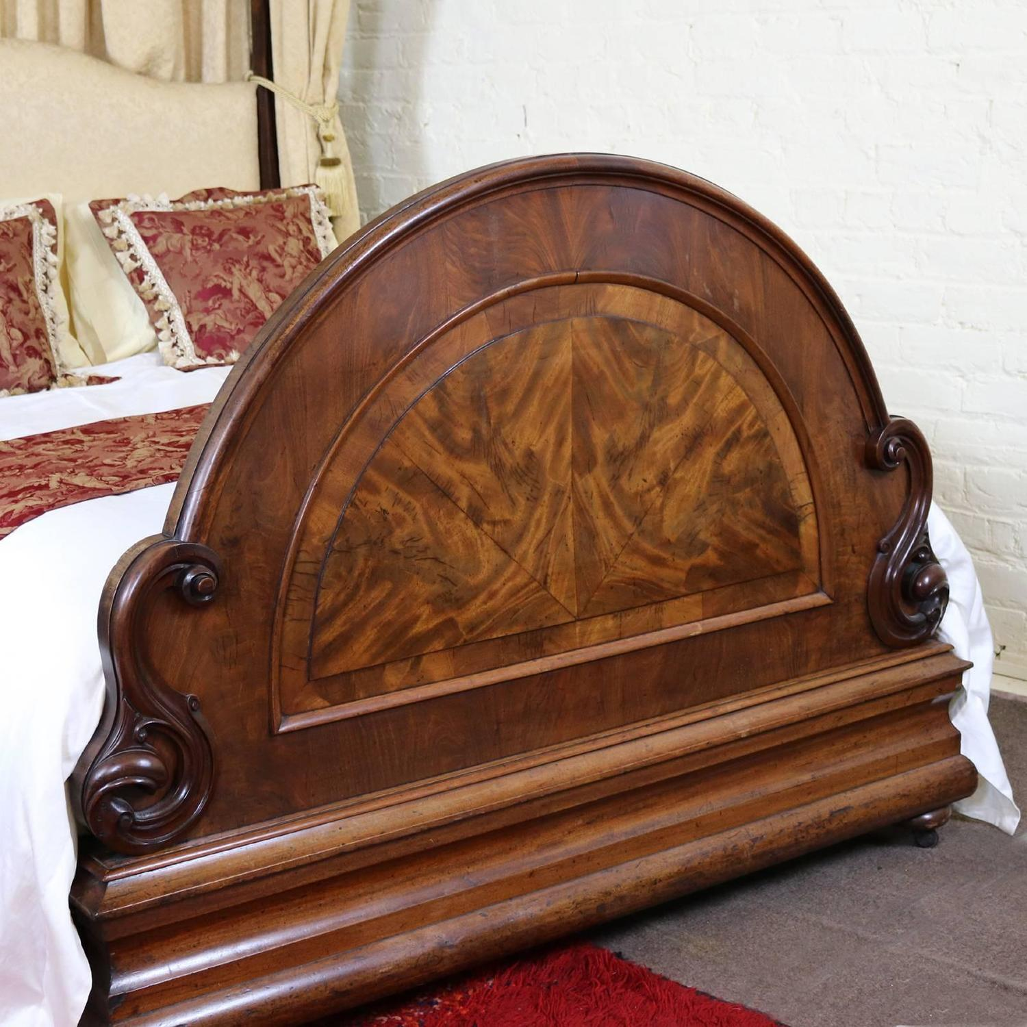mahogany half tester bedstead wht1 for sale at 1stdibs. Black Bedroom Furniture Sets. Home Design Ideas