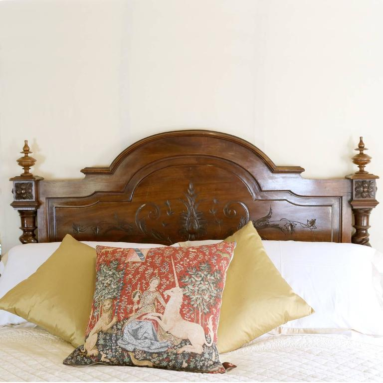 French chateau bed in walnut at 1stdibs for Chateau beds