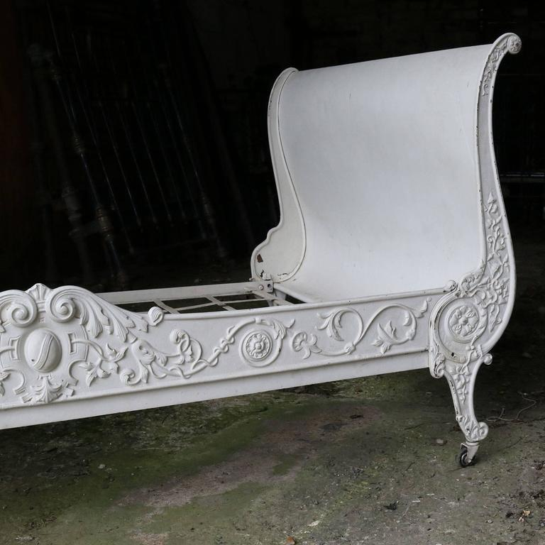 Cast Iron Daybed MS21 6