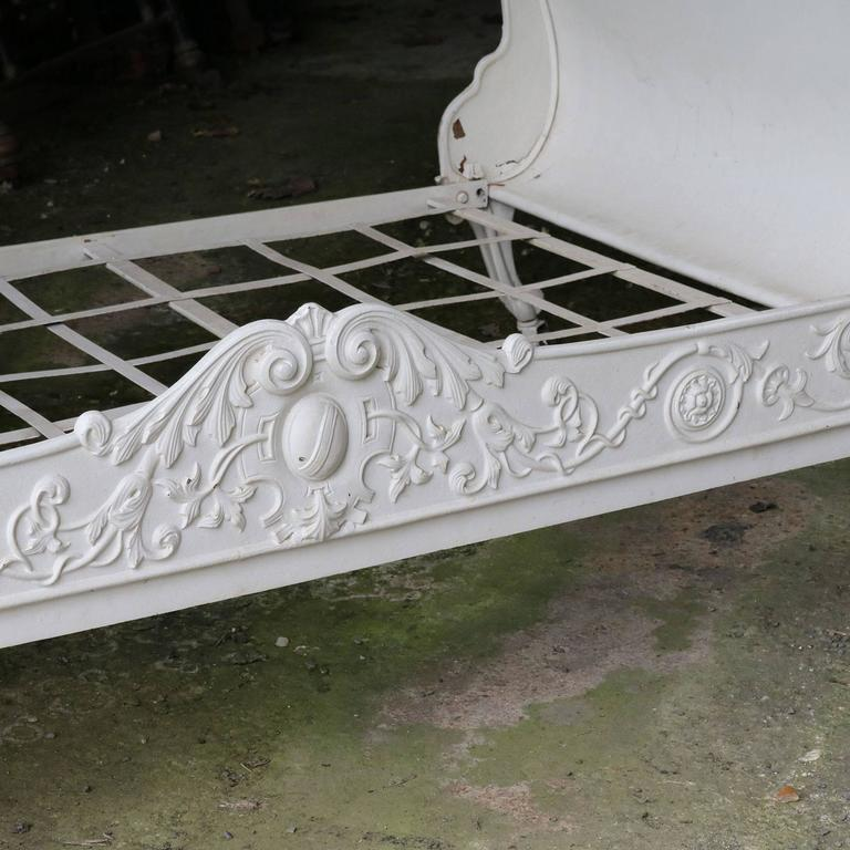 Cast Iron Daybed MS21 7