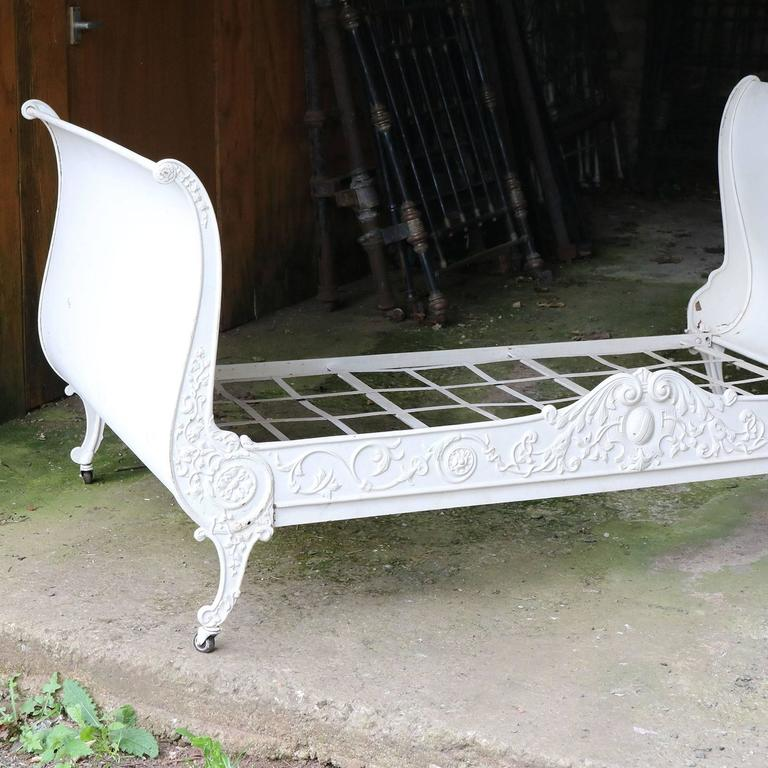 Cast Iron Daybed MS21 8