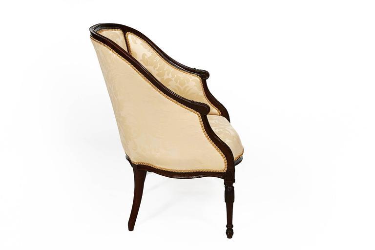 Irish 19th Century George III Mahogany Hepplewhite Tub Chair For Sale