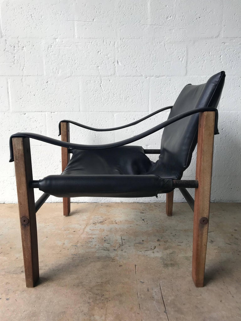 "Mid-Century Modern Pair of Black ""Safari"" Chairs by Maurice Burke for Arkana For Sale"