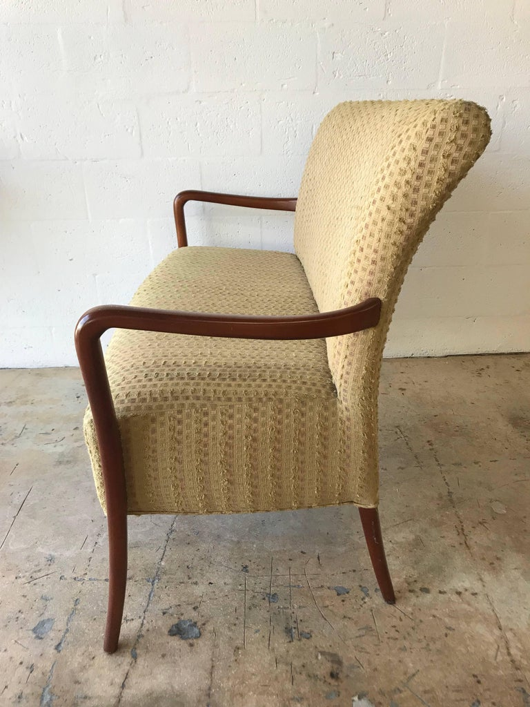 Midcentury Italian Paolo Buffa Style Settee or Loveseat In Excellent Condition For Sale In Miami, FL