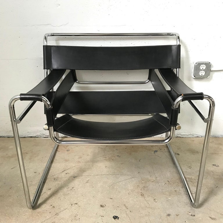 Wassily chair in polished chrome and black leather designed by Marcel Breuer for Gavina and Knoll.