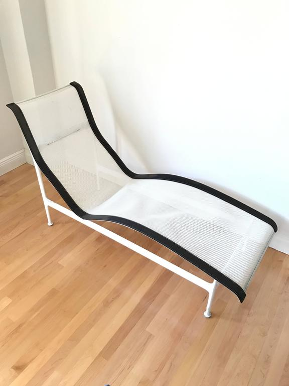 richard schultz leisure collection chaise lounge for knoll for sale at 1stdibs. Black Bedroom Furniture Sets. Home Design Ideas