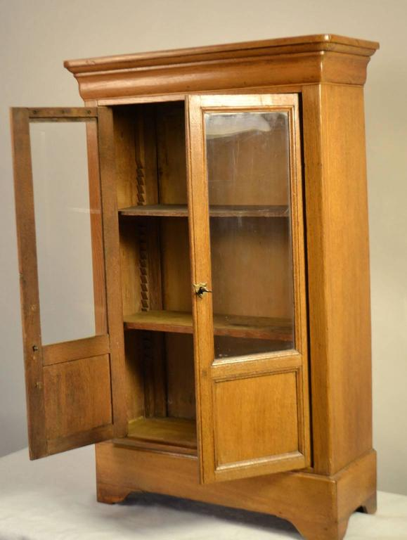 Superieur Louis Philippe Louis Philippe Cherry Hanging Display Cabinet For Sale