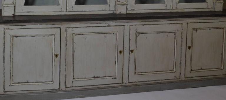 Directoire Bookcase In Good Condition For Sale In Vista, CA