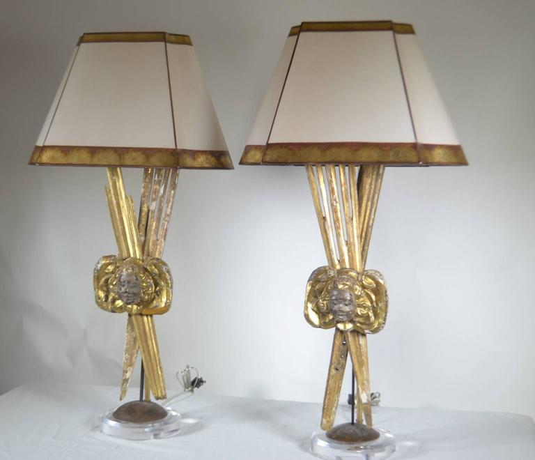 Pair of Italian 18th Century Giltwood Lamps In Excellent Condition For Sale In Vista, CA