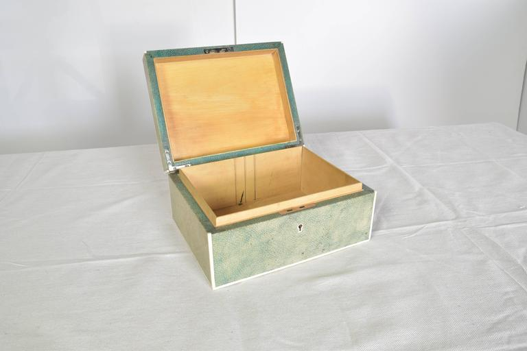 Shagreen Box In Good Condition For Sale In San Antonio, TX