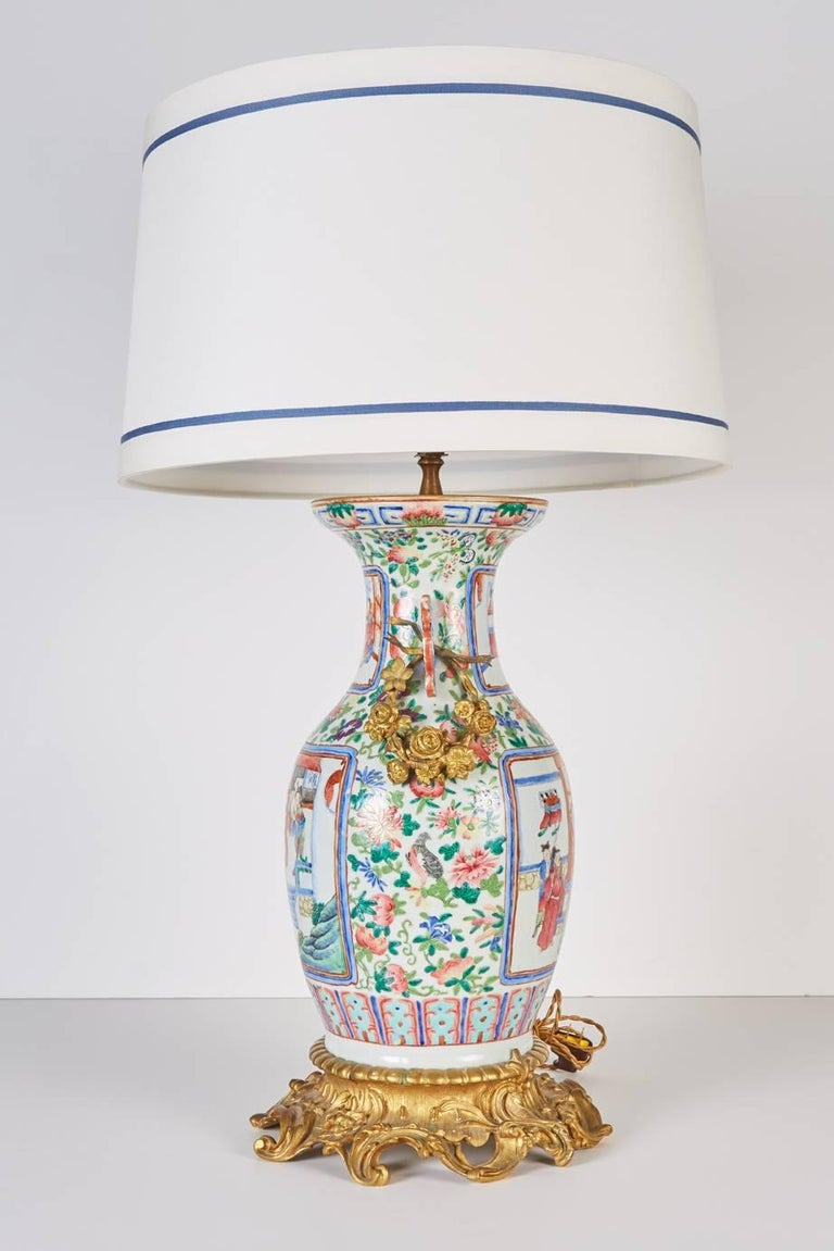 Antique Bronze-Mounted Chinese Famille Rose Mandarin Vase Mounted as a Lamp In Excellent Condition For Sale In Dallas, TX