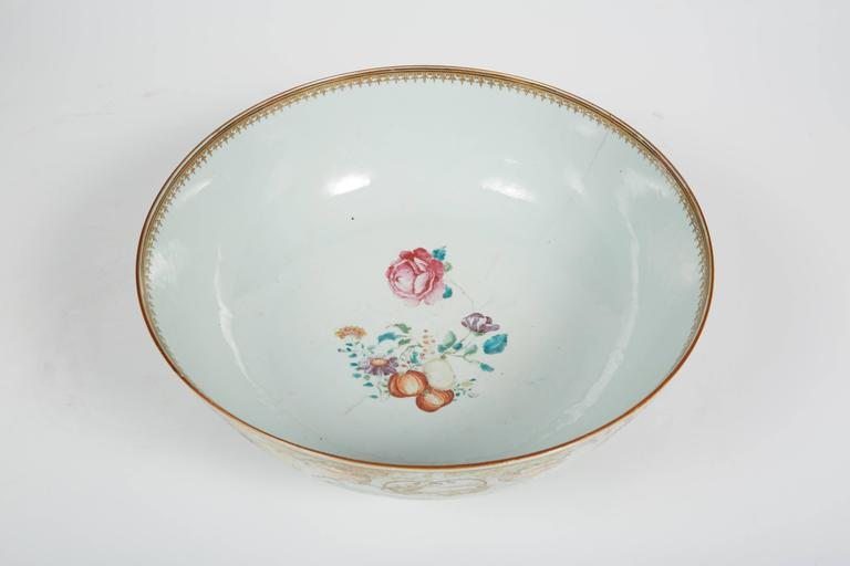Late 18th Century Large 18th Century Chinese Export Punch Bowl For Sale