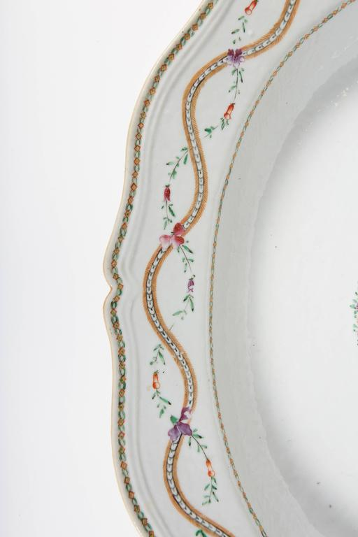 Hand-Painted 18th Century Chinese Export Marriage Platter For Sale
