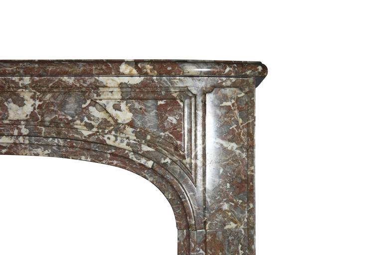 18th Century Belgian Marble Antique Fireplace Mantle from the Regency Period In Excellent Condition For Sale In Beervelde, BE