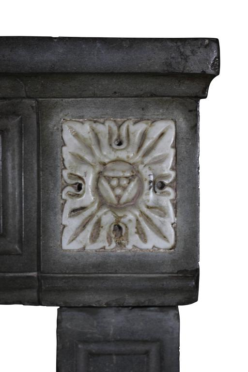 18th Century French Marble Stone Antique Fireplace Mantel In Good Condition For Sale In Beervelde, BE