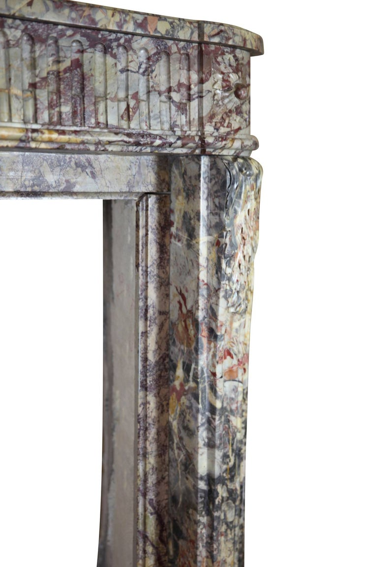 18th Century Fine Royal French Saracolin Marble Vintage Fireplace Mantel For Sale 2