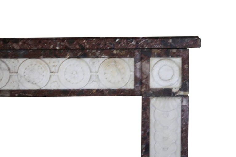 18th Century Directoire Period Fine French Antique Fireplace Mantel In Excellent Condition For Sale In Beervelde, BE