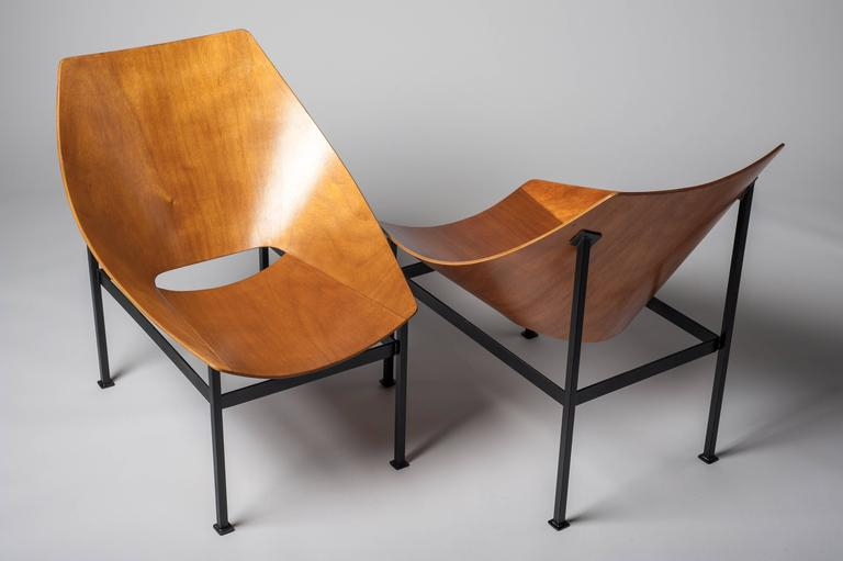 Hull Plywood Armchair, Designed by Charles Godillon in 1960 In Excellent Condition For Sale In Paris, FR