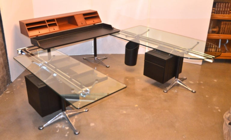Late 20th Century Herman Miller Desk by Bruce Burdick Fully Adjustable Components For Sale