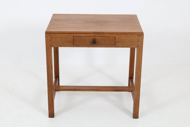 Oak Art Deco Haagse School Writing Table by Paul Bromberg for H.P. Pander, 1920s In Good Condition For Sale In Amsterdam, NL