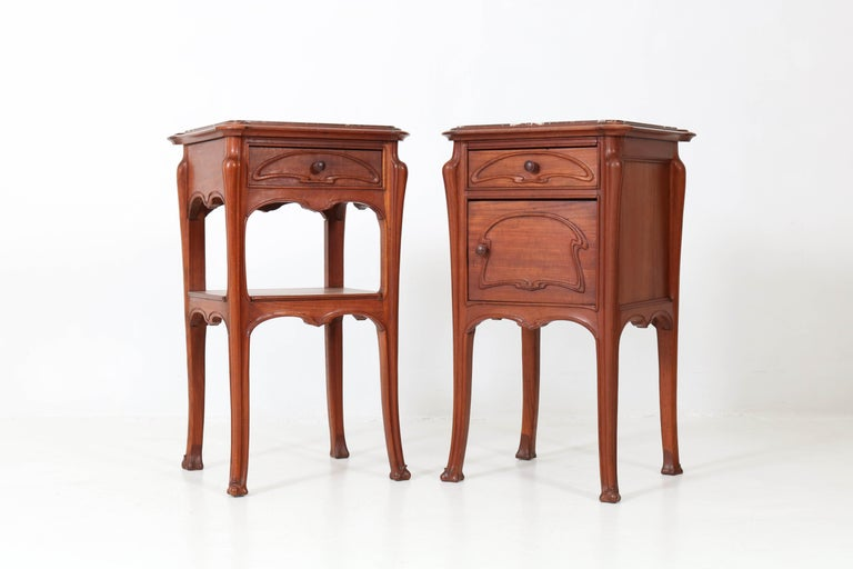 Pair of French Art Nouveau Majorelle Style NightStands or Bedside Tables, 1900s In Good Condition For Sale In Amsterdam, NL