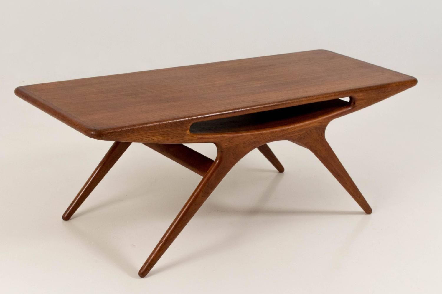 Iconic smile coffee table by johannes andersen for cfc for Iconic tables