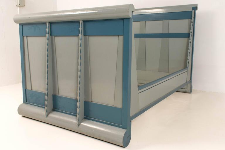 Rare Art Deco Amsterdam School Bed 5