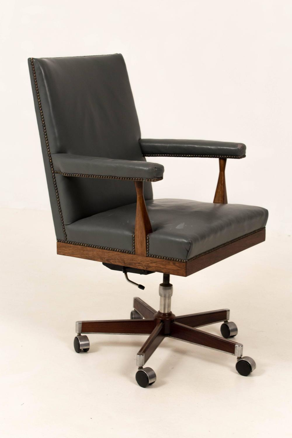 magnificent mid century modern office chair by theo