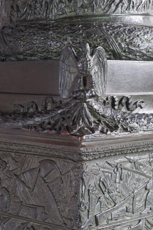 19th Century Very, very impressive c. 1835 bronze model of the Vendome Column, Paris For Sale