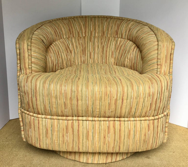 Upholstery Mid-Century Modern Milo Baughman Style Rattan Wicker Barrel Swivel Lounge Chair For Sale
