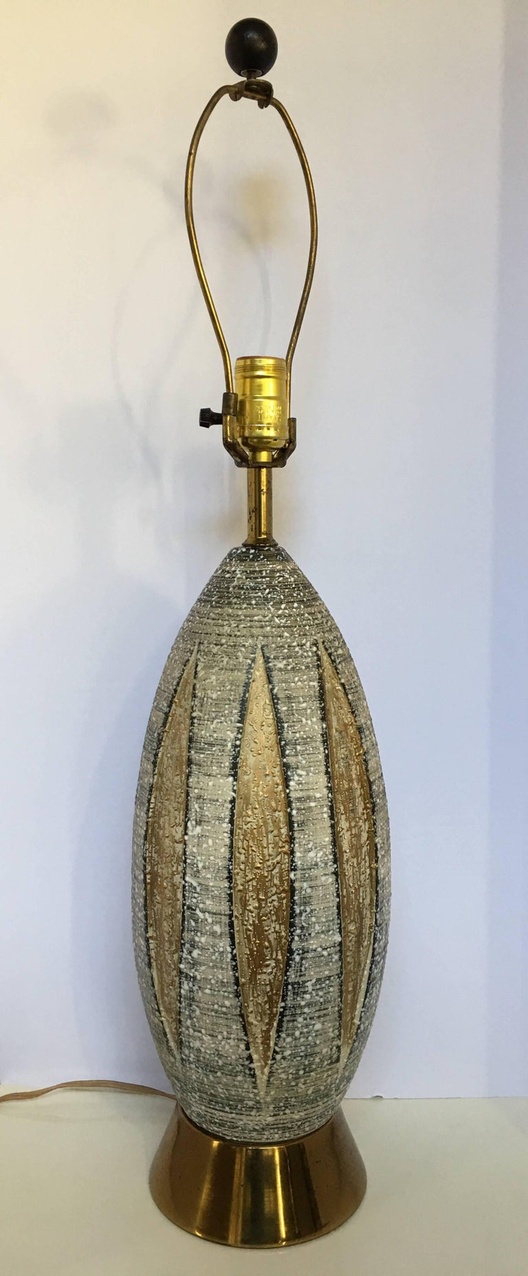 Italian Mid-Century Modern Bitossi Style Ceramic and Brass Table Lamp, Italy For Sale